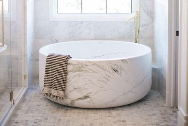 Stone Bathtub 1