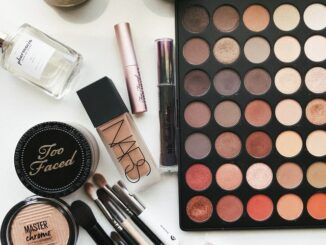free makeup products in Canada
